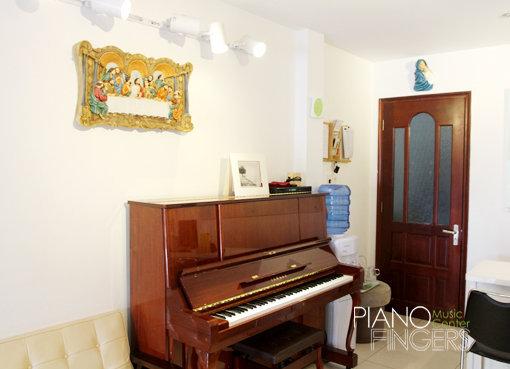 mua-ban-piano-cu-pianofingers